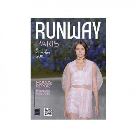 CLOSE UP RUNWAY PARIS S-S 2016