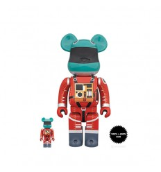400% & 100% BEARBRICK 2001 A SPACE ODYSSEY SPACE SUIT RED GREEN